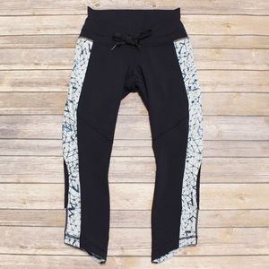 Lululemon Star Fox Silver Crushed Black Cropped 6